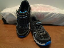 New Authentic Skechers Boys Geo-Daunt Athletic Shoes Blk/Blu/Gry  95282 (I 4)