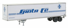 Walthers 949-2205 HO Santa Fe 45' Stoughton Trailer 2-Pack - Assembled