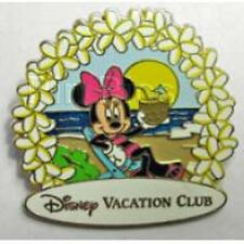 Disney Pin - DVC - Disney Vacation Club - Minnie On The Beach
