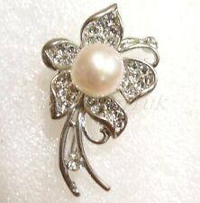Brooch White or Black Genuine Big Pearl 18KGP Gold Plated Simulated Diamond