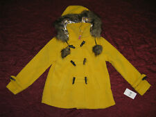 Girls New faux fur coat removable hood by Dollhouse retail $75.00