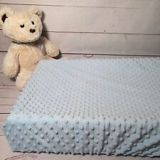 Change table cover in super soft minky blue and dots