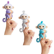 WOWWEE Fingerlings Affe Monkey Brokatt Spielzeug Interaktiv Amelia Sugar Kiki