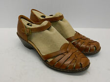 """Clarks Womens  60553 Wendy Land  1 3/4"""" Heel Leather Sandal New in Box"""