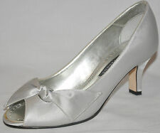 CAPARROS Morrison Silver Satin Peep Toe Evening Bridal Shoes Size 6M or 6.5M NEW