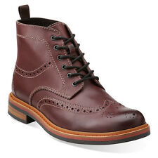 Clarks Darby Rise Men's Leather Wing Tip Rounded Toe Boots 26102926 Burgundy