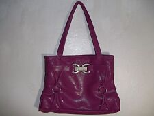 Ladies Stylish Shoulder Handbag w/Zippered Compartment