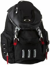 OAKLEY BATHROOM SINK, BRAND NEW, BAG, BACKPACK, BLACK, MX, HIKING, SCHOOL, NWT