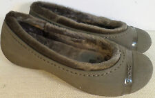 CROCS NANOOK WOMEN'S BROWN FUR LINED SLIP ON SHOES NEW WITH TAGS