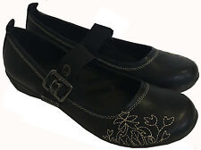 WOMENS BLACK ROUND TOE LOW WEDGE DOLLY BALLERINA SHOES STRAP FLORAL STITCH 5