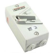 Weather Protected Enclosed Isolator Switch Single 1 Pole/Phase  IP66 32A