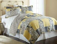 3-Piece Reversible Quilt Set - KING or QUEEN Size - 1 Quilt & 2 Pillow Shams