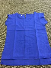 2 Classic Ladies Blouses Size Medium Royal Blue and Hot Pink