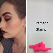 Winged Eyeliner Stencil Tool Flick Quick Cat Eye Liner Shaping Portable Cosmetic