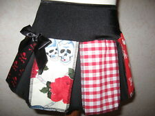 NEW Girls Black white red skulls roses check pleated Skirt party gift goth rock