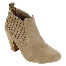 Trend Report Women's 'Celina' Finger Gore Heeled Bootie - Taupe (See Sizes)