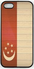 Rikki Knight Singapore Flag on Distressed Wood Case for iPhone 4/4s, 5/5s, 5c, 6