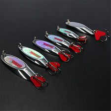1Pc Metal Minnow Flat/Twisted Fishing Lures Treble Bass CrankBait Spoon Tackle