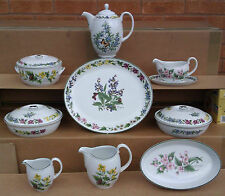 ROYAL WORCESTER - WORCESTER HERBS - SELECTION OF ASSORTED TABLEWARE