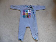 Ted Baker Grey Printed Cotton Baby Boys Babygrow Sleepsuit (Used) Age 6-9 months