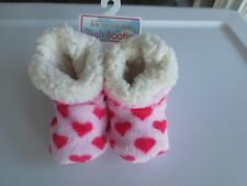 NEW Girl *0-6**6-12**12-18 months* SKIDDERS Booties Slippers Gripper Pink Hearts