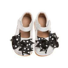 Girl's Toddler Leather White Mary Jane Clip On Squeaky Shoes Size 7