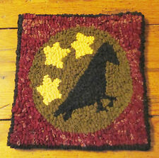 PRIMITIVE CROW WITH STARS  Rug Hooking KIT WITH #8 CUT WOOL STRIPS