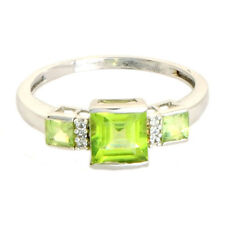 Peridot 1.45 Ct White Topaz  Natural Gemstone Ring In 10 Kt Solid White Gold