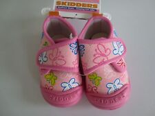 NEW Girl Infant Toddler 12 or 18 months SKIDDERS Gripper BUTTERFLIES Canvas Shoe