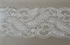 CRAFT-SEWING 90mm Ivory/Cream Fancy Floral Design Lace (mtr varieties available)