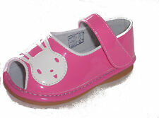 BRAND NEW IN BOX GIRLS TODDLER HOT PINK VELCRO BUNNY SQUEAKY SHOES SIZES 5 6 7 8