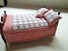 Dolls House Quilted Bed Set - Bed Spread, 2 x Pillows, & Cushion