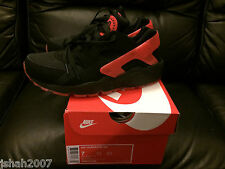 NIKE AIR HUARACHE LOVE HATE PACK BLACK QS LIMITED EDITION NEW **LOOK**