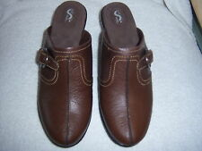 NEW SOFT WALK SOLVANG WOMENS SHOES DARK BROWN LEATHER MULES CLOGS-1