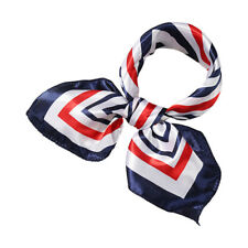 Women Square Shaped Printed Contrast Color Casual Scarf
