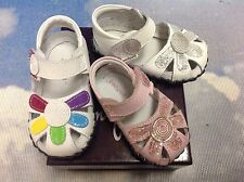 Pediped Originals Girl Daisy V Closure Leather Sandals Size Newborn-24 Months