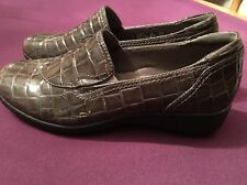WOMENS CLARKS BENDABLES LOAFER BROWN CROC PATENT LEATHER - NWOB - NEW SHOES
