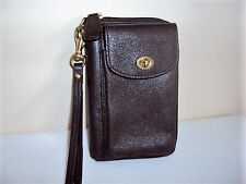 Authentic COACH Turn-Lock Brown Leather Zippered Wallet Wristlet Clutch