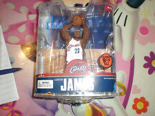 MCFARLANE FIGURE LEBRON JAMES SERIES 13 CLEVELAND CAVALIERS WHITE JERSEY CHASE