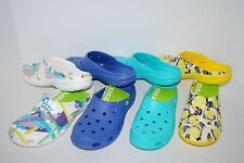 NWT CROCS FREESAIL CLOGS POOL LAPIS BLUE WHITE GEO BUTTERFLY 6 7 8 9 10 11 shoes