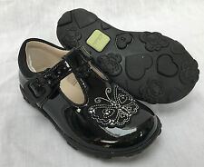 BNIB Clarks Girls Ella Sweet Black Patent Leather Lights First Shoes F/G Fitting