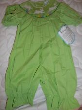 nwt Remember Nguyen green smocked bunny bubble romper baby girl 3 m, 12 m 24 m