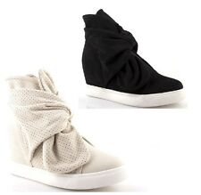 Shoes Sneakers tall woman with bow wedge internal no laces black beige summer