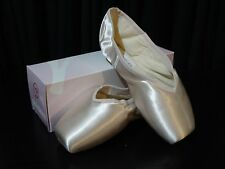 Russian Pointe Dolce Pointe Shoe