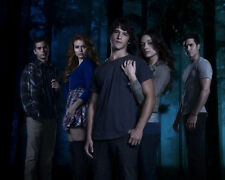 Teen Wolf [Cast] (51373) 10x8 Photo
