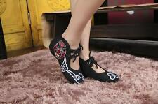 Ancient Chinese Peking Opera Strappy Imitation Ox-tendon Sole Embroidered Shoes