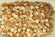 Small 12mm 20L Honey Beige Patterned Polished 2 Hole Quality Baby Buttons (Z30)