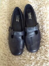 Ladies Hotter Navy Flat Shoes. Size 5.5