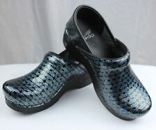 Dansko Professional Blue Motif Patent Leather Clogs Doctor/Nurses/Chef Shoes