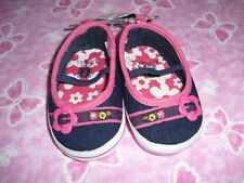 SZ 2 CARTERS 3-6 MONTH BABY GIRL NAVY PINK CRIB SHOES NWT!